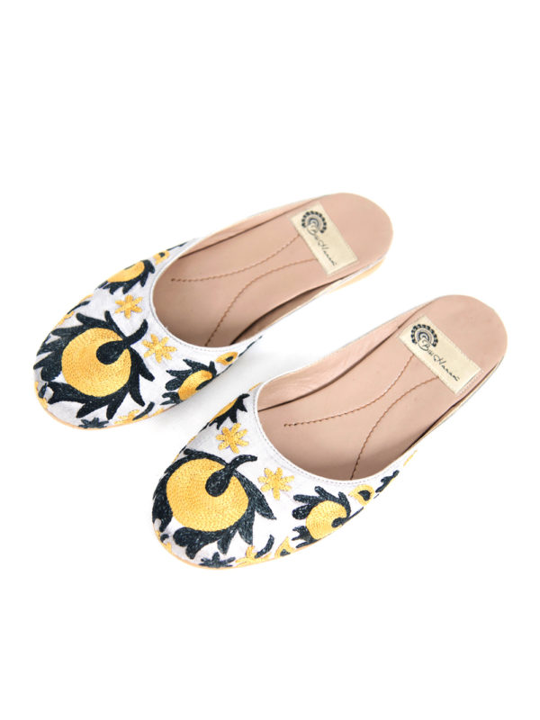 Suzani Slipper | Yellow Flower