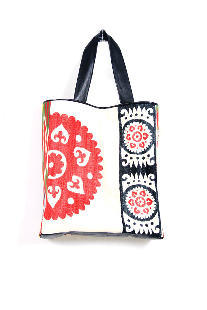 Embroidered-Tote-Red-Black