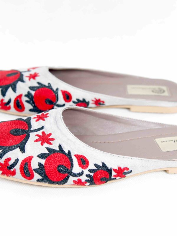 Suzani Slipper Red Flower B
