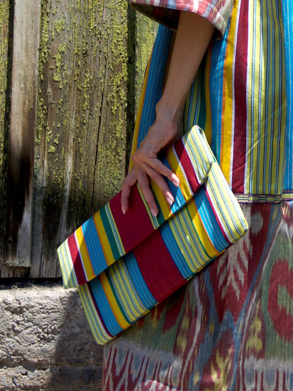 Ikat Clutch with Band IK552