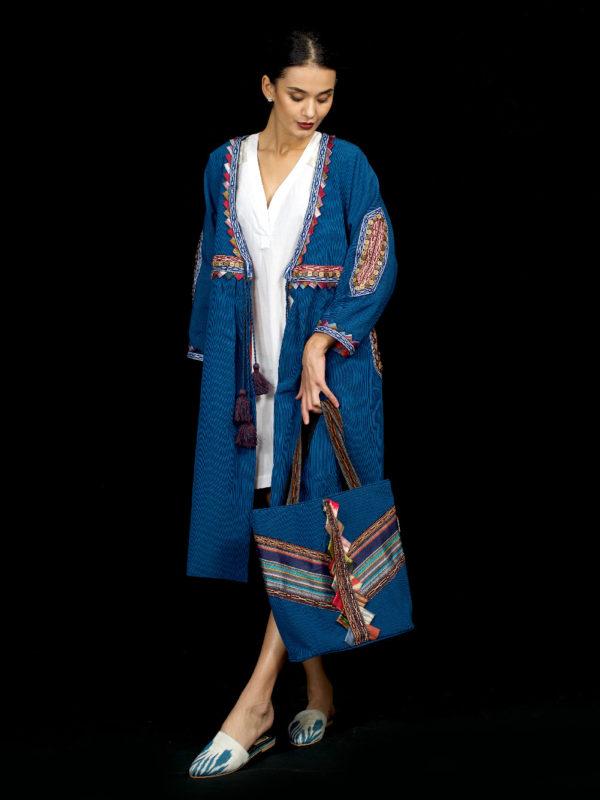 Quroq Robe