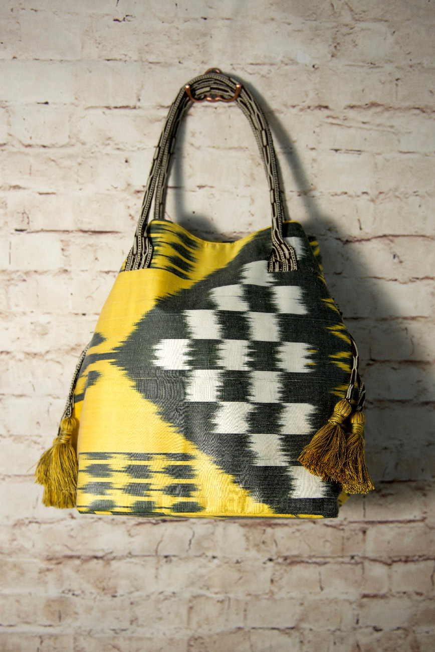 Expandable Ikat Bag With Tassels Black